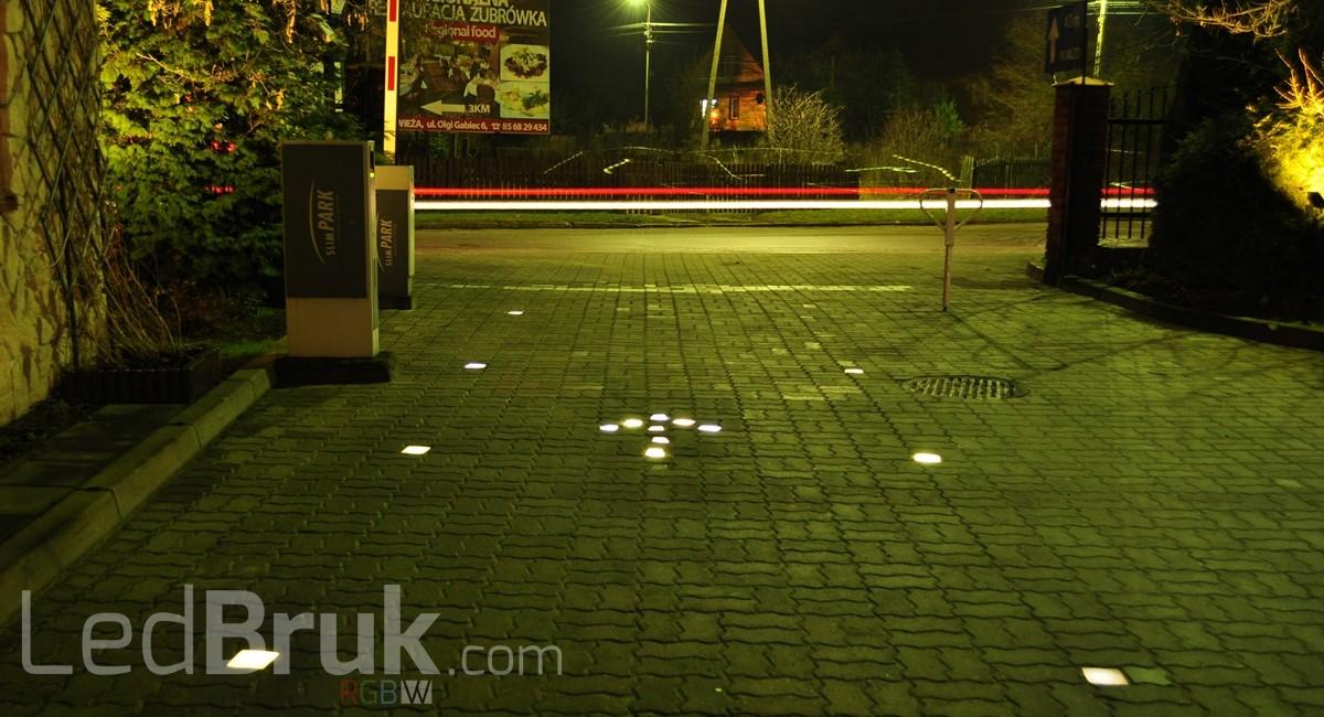 Świecąca Kostka Brukowa LED RGB+W www.ledbruk.com_DSC_4276_1200x