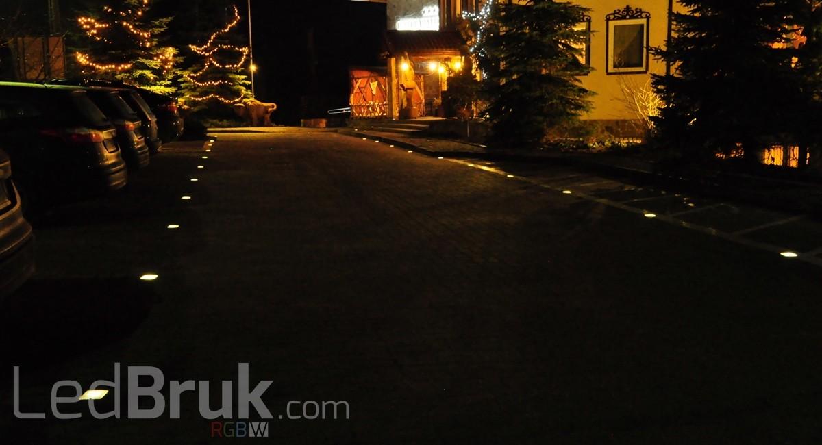 Świecąca Kostka Brukowa LED RGB+W www.ledbruk.com_DSC_4282_1200x