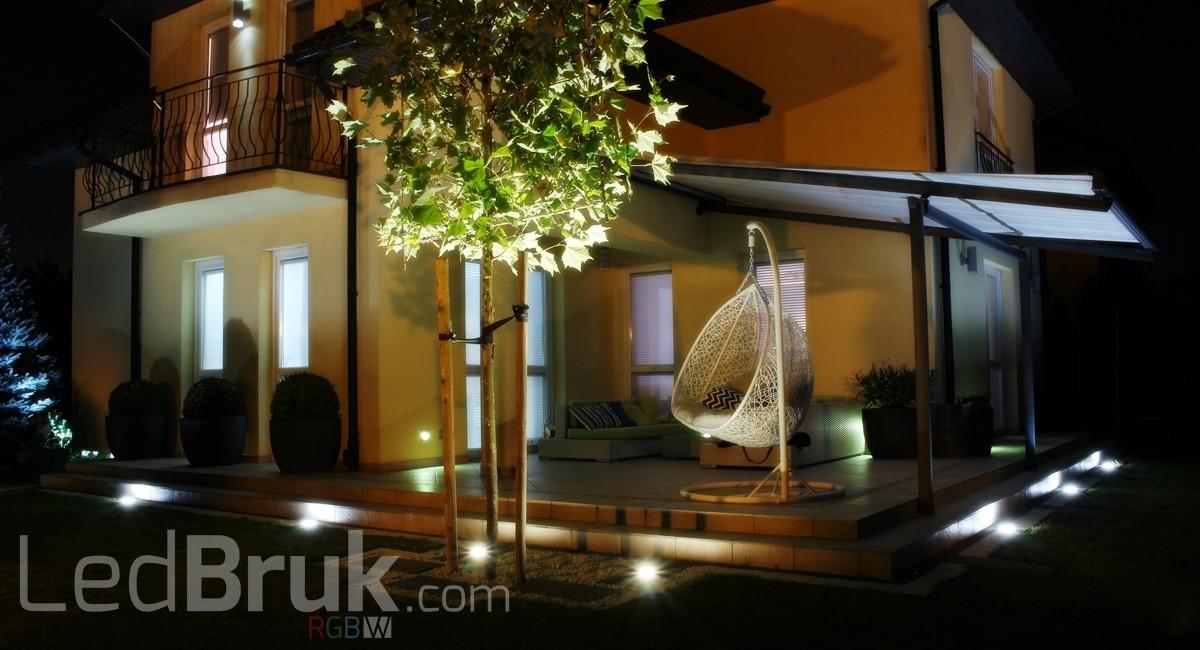 Świecąca Kostka Brukowa LED RGB+W www.ledbruk.com_IMG_3822_1200x