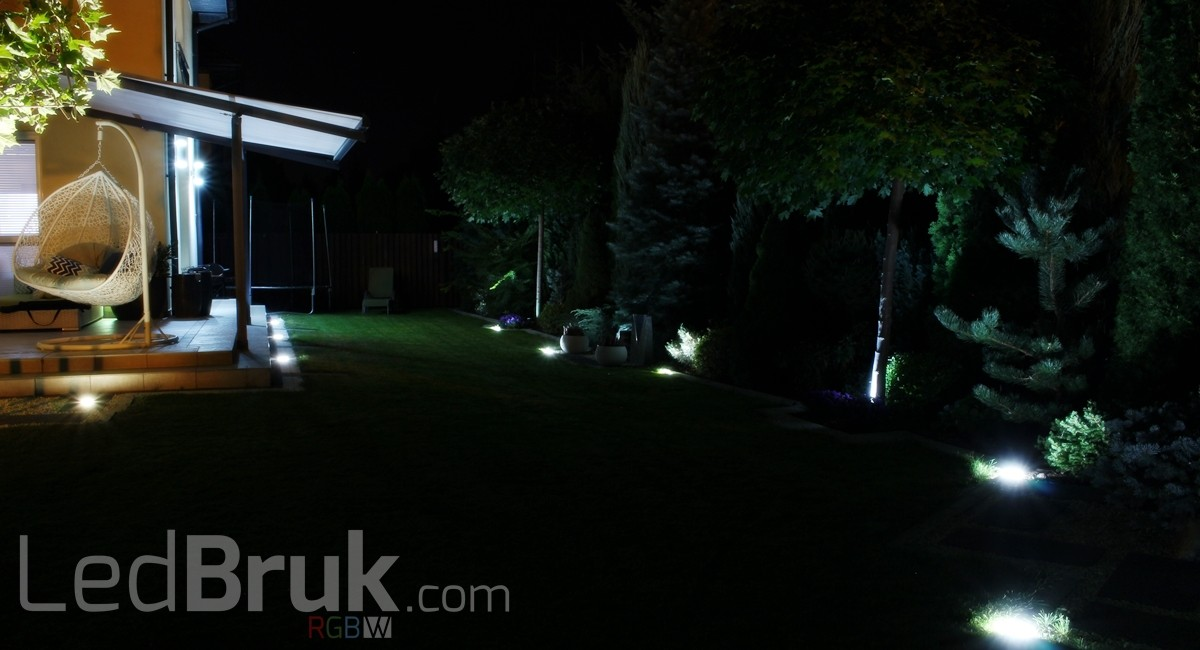 Świecąca Kostka Brukowa LED RGB+W www.ledbruk.com_IMG_3829_1200x