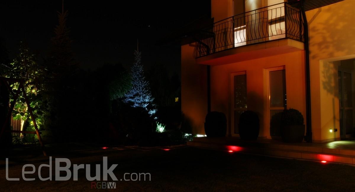 Świecąca Kostka Brukowa LED RGB+W www.ledbruk.com_IMG_3850_1200x