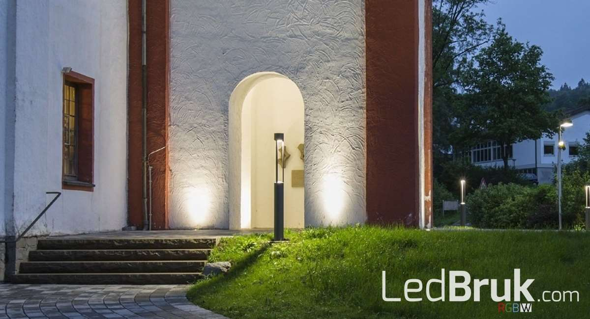 LedBruk Lampa Projektor Oprawa ogrodowa najazdowa LED RGB+W 12V IP68 www.ledbruk.com_004_1200x